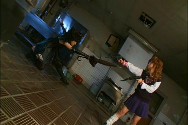 gothic-lolita-psycho-IMAGE-8