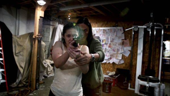 gun woman IMAGE 09